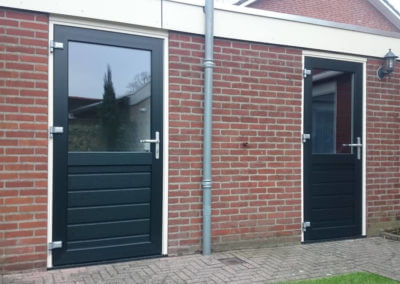 Achterdeuren (1)